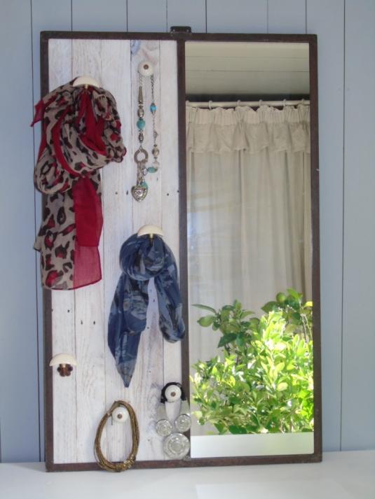 recupfactory pau décoration vintage bois palette porte manteau industriel acier verrière et palette de récupération