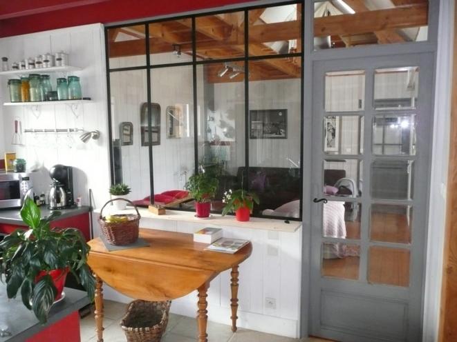 recupfactory pau décoration vintage bois palette création verrière cornières acier et vitres sécurit style industriel