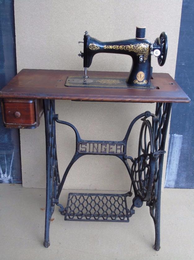 table tuto pied de machine à coudre vintage factory récup