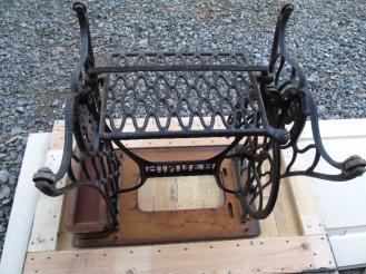 table tuto pied de machine à coudre vintage factory plateau