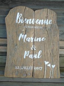 panneau-mariage-customise-bois-pochoir-decoration-vintage-retro