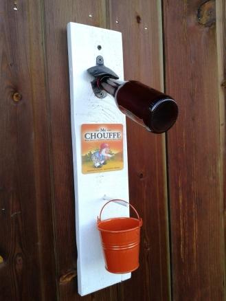 decapsuleur-mural-customisation-bois-palette-biere-vintage-deco-retro-bouteille