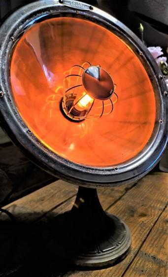 lampe chauffante relookee luminaire eclairee calor retro deco vintage